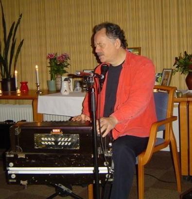 Hein Braat, famous singer of Mantra